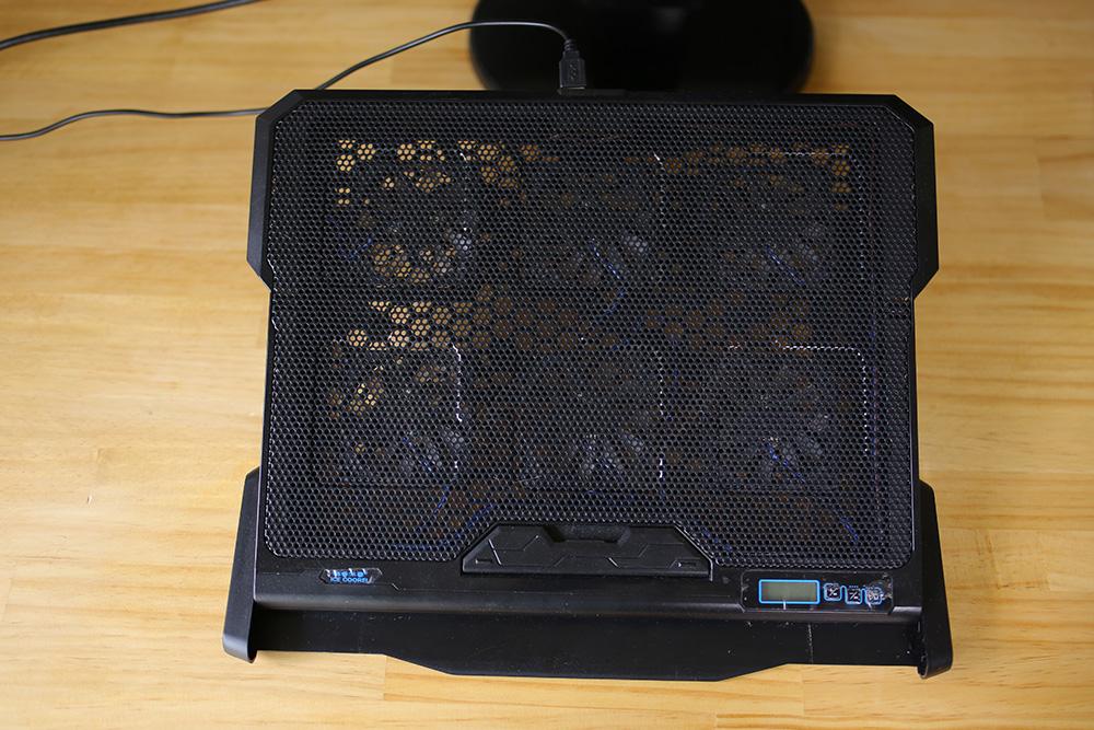 パソコン冷却台